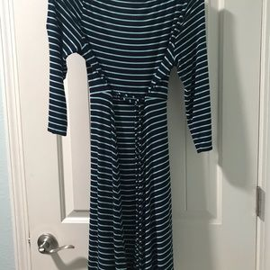 Like New Motherhood Maternity Tie Waist Dress